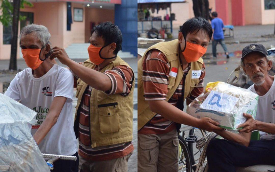 Covid-19: DQ Bagikan Sembako & Masker pada Tukang Becak