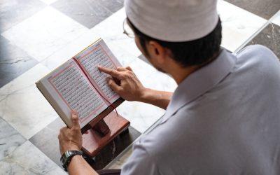 Urgensi Belajar dan Mengajarkan Al-Qur'an